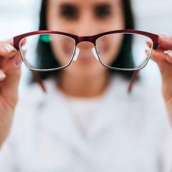 Какие действия предпринять при резком снижении зрения