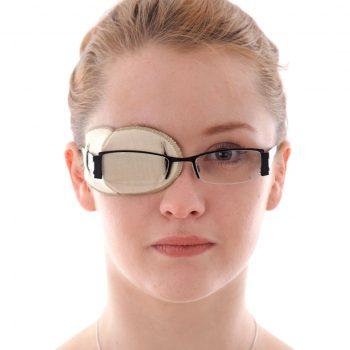 лечение косоглазия, повязка на очки, окклюдер